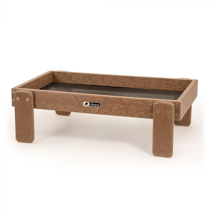 Adamello Recycled Feeding table