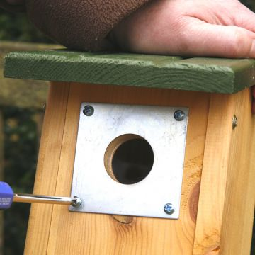 Nest Box Plate (28mm)